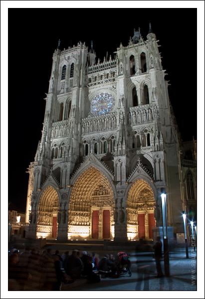 Les illuminations de la cathedrale Notre-Dame d'Amiens